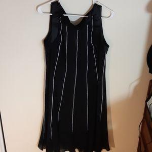 Dressbarn Black and White Sheer Flowing Dress 12